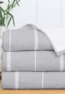 Peshterry Bath Sheet with grey stripes